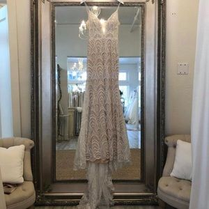 Lamour Calla Blanche Wedding Dress
